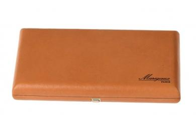 Leather case for 16 oboe reeds